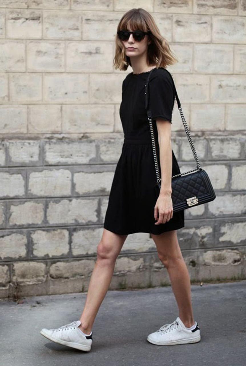 Vestidos negro con zapatillas