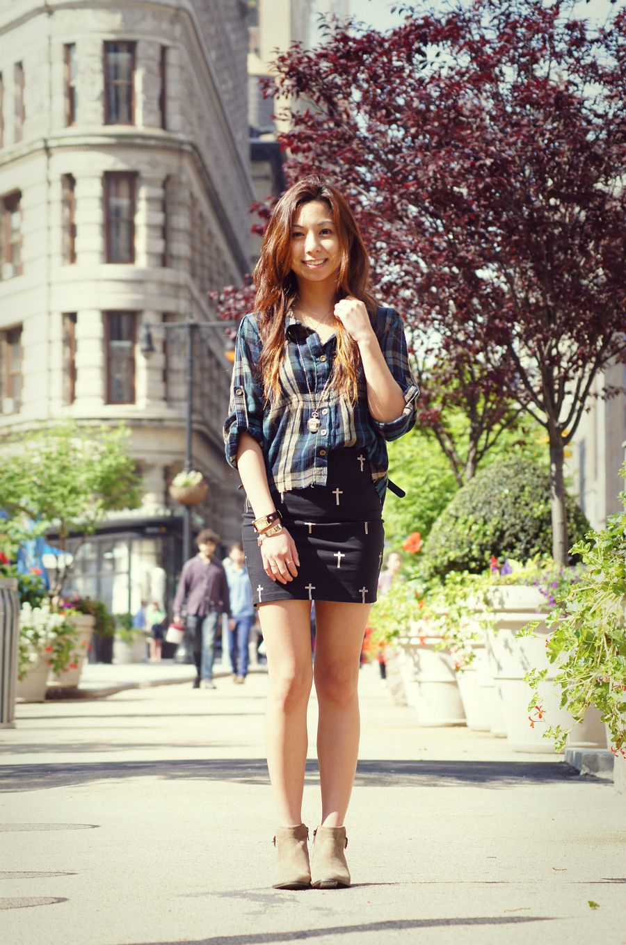 WEARING: PLAID SHIRT (OLD) + URBAN OUTFITTERS NECKLACE + BERSHKA SKIRT + MICHAEL KORS WATCH + ETSY RINGS + FRANCESCA'S SNAKE MIDI RING + COACH VINTAGE BAG + STEVE MADDEN ANKLE BOOTS