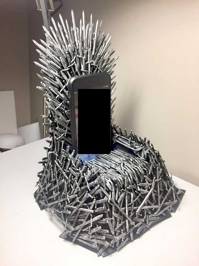 Game Of Thrones Iron Throne Phone Charger By Theartofbp Iron