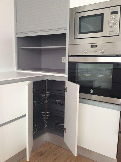 Diseño de Cocina en Granada. Muebles de cocina sin tirador, cocina ...