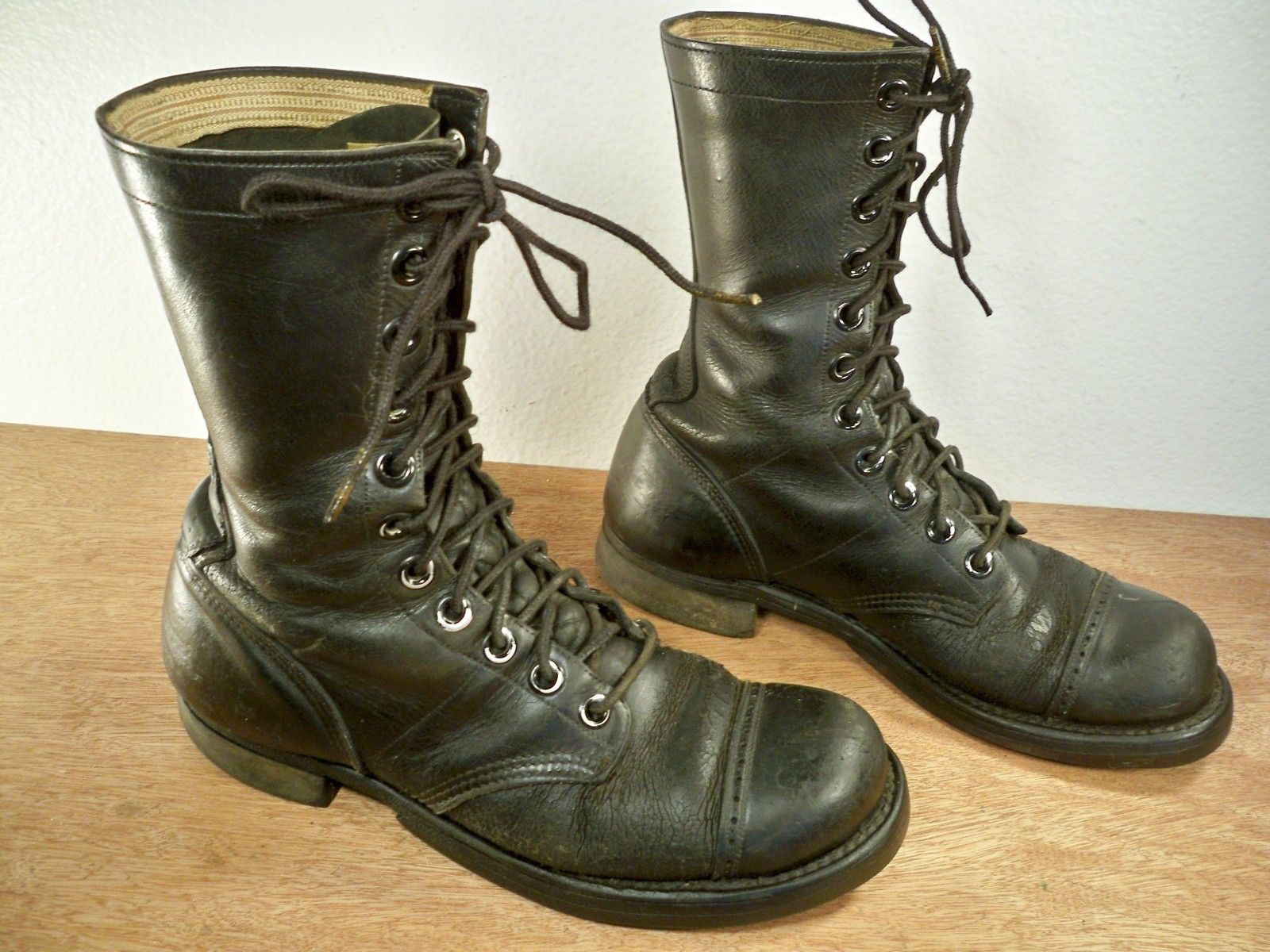 975131cd5d315 Vintage World War II Era Red Wing