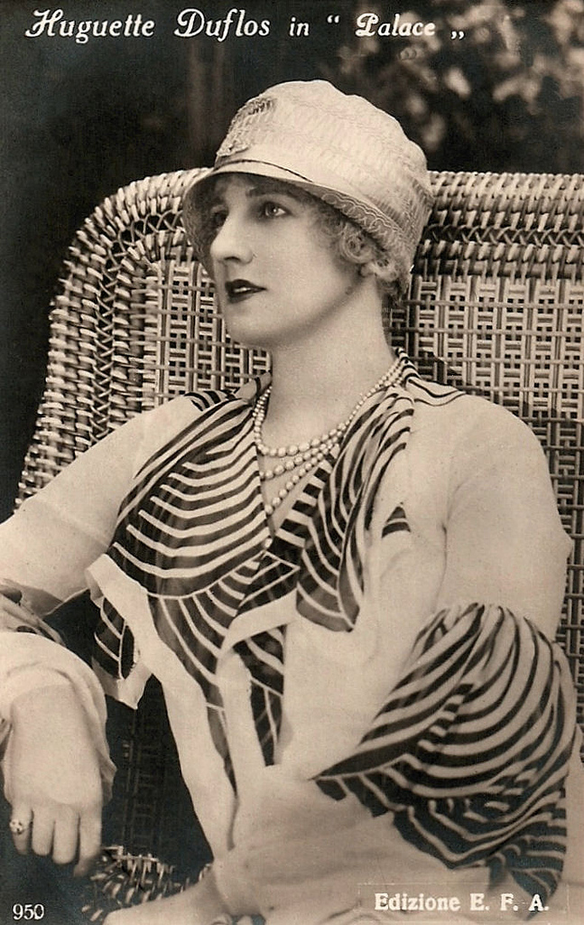 Huguette Duflos - 1927 - Palaces - Actress Huguette Duflos (1887-1982) was a leading lady  the French silent cinema of the 1920's