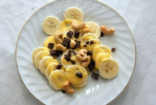 banan, eggedosis, sukkerfri sjokolade og salte cashewnøtter.
