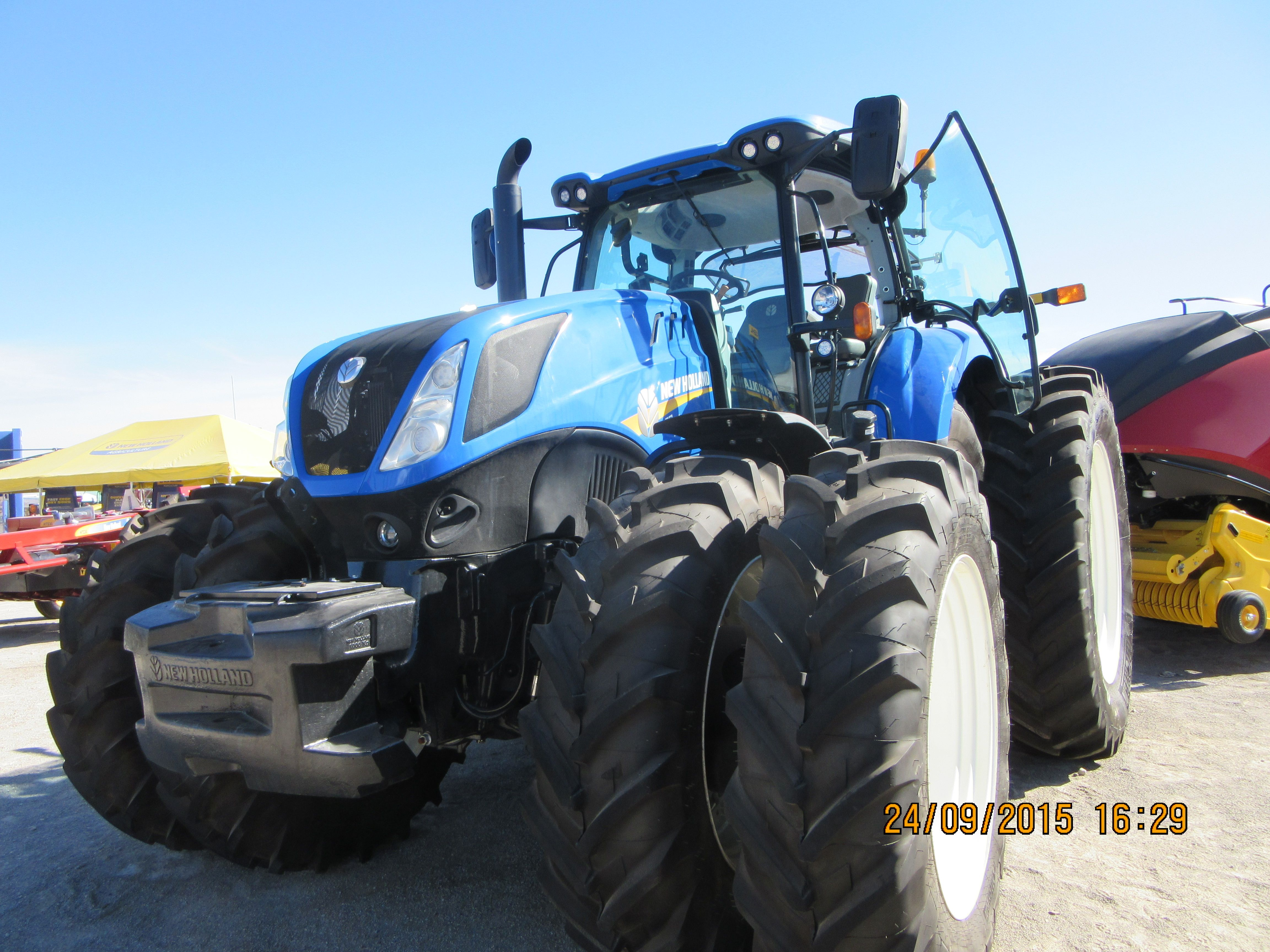 New Holland T7 315 New Holland Tractor Ford News New Holland