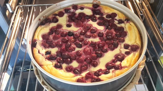 Low carb Himbeer-Kokos Cheesecake