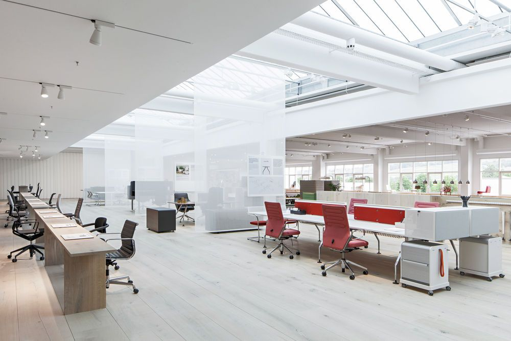 Workspace Oficinas De Diseno Diseno De Interiores Oficina Exposicion De Muebles