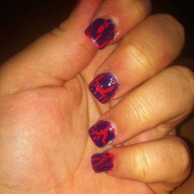 Crackle nail polish<3
