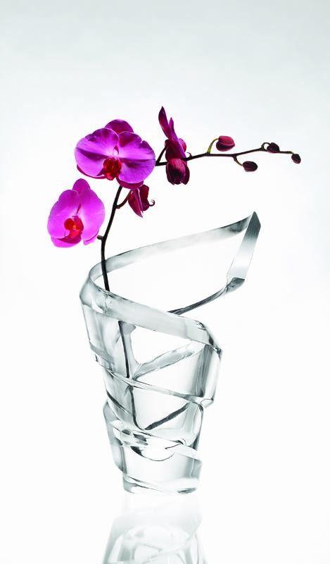 beautiful baccarat vase spring vases pinterest. Black Bedroom Furniture Sets. Home Design Ideas