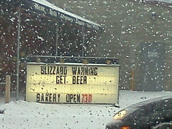Funny Snow Signs | funny snow blizzard warning sign. Get ...