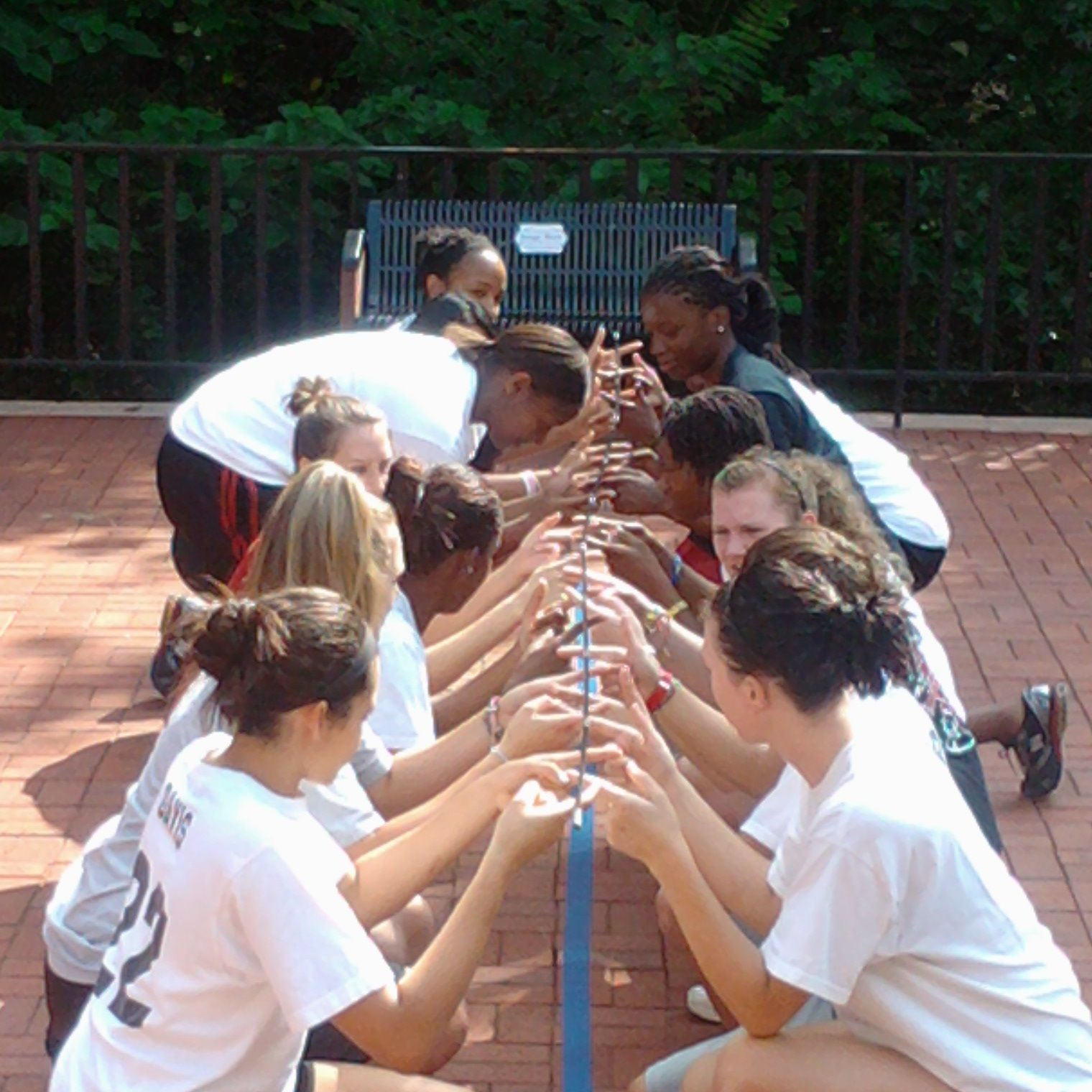 Athletic Team Building to Connect Athletes and Develop