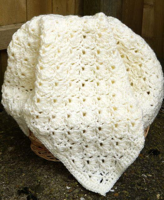 Handmade crochet blanket pattern./Patura crosetata manual schema ...