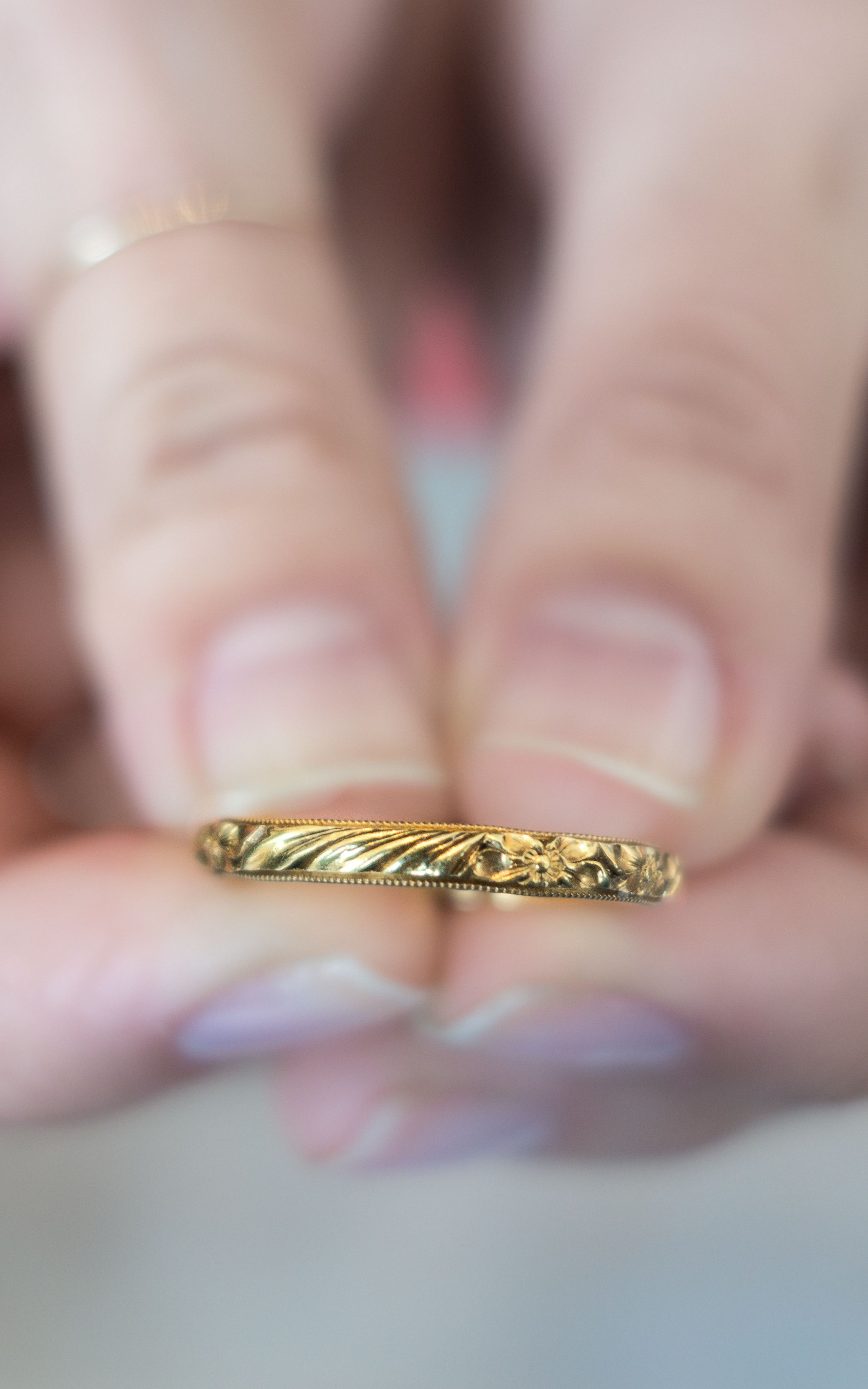 14K Yellow Gold Size 6 Vintage Wedding Band Wedding Ring 3mm Gold Band Eternity Carved Floral Ring Anniversary Antique Gold Ring Vintage