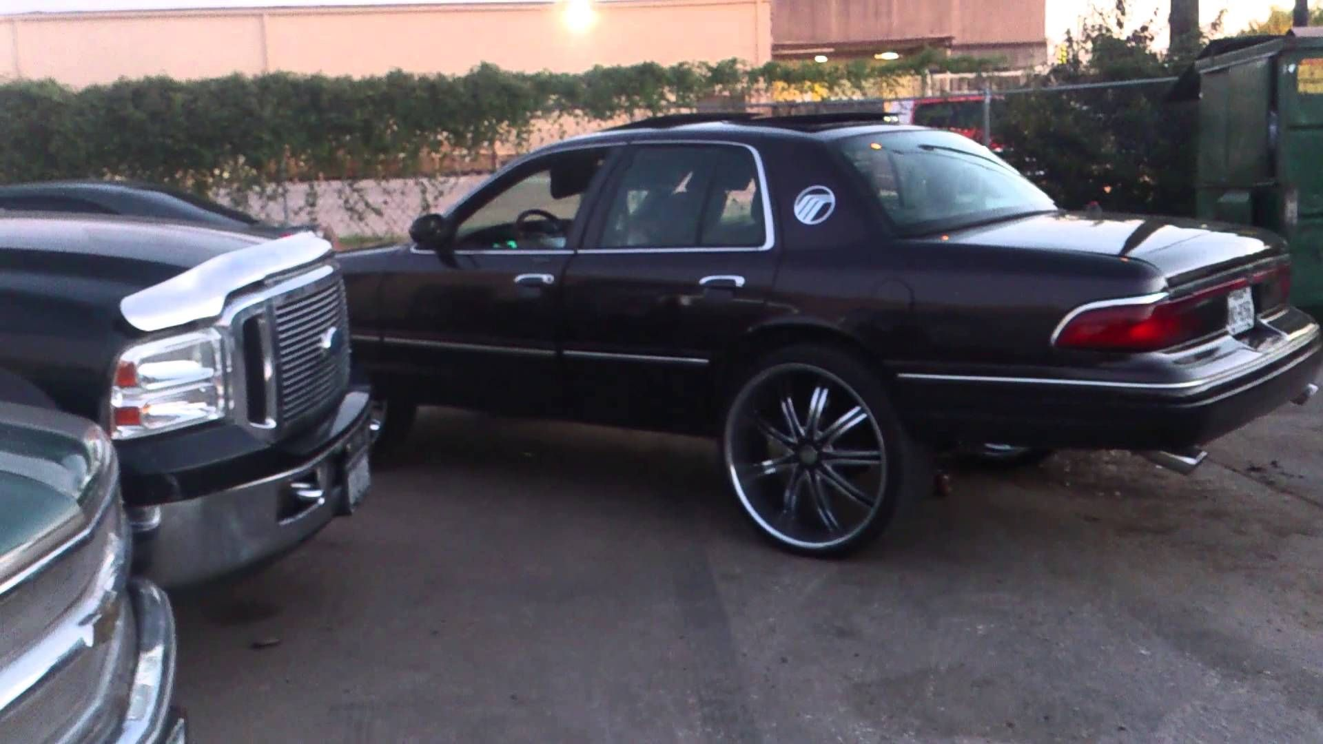 N O Whip Game Mercury Grand Marquis On 24s On 26s Cars Boats