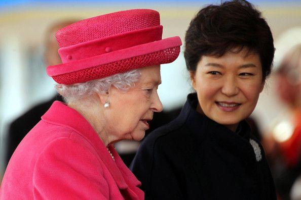 Queen Elizabeth II - Park Geun-hye Meets with Queen Elizabeth II