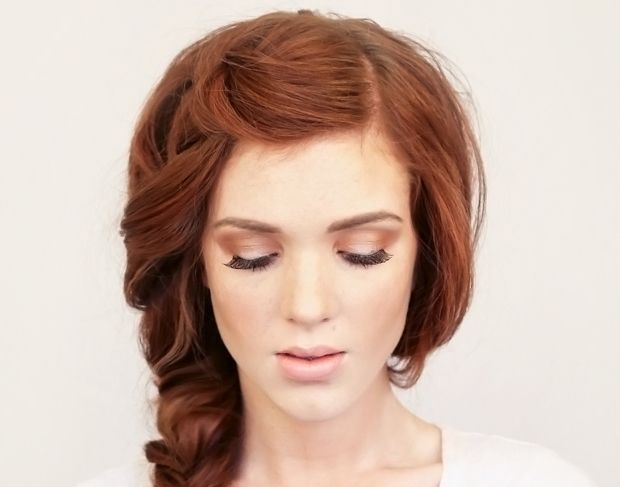 Makeup Tips For Redheads Isla Fisher Red Hair Natural Light And Bright
