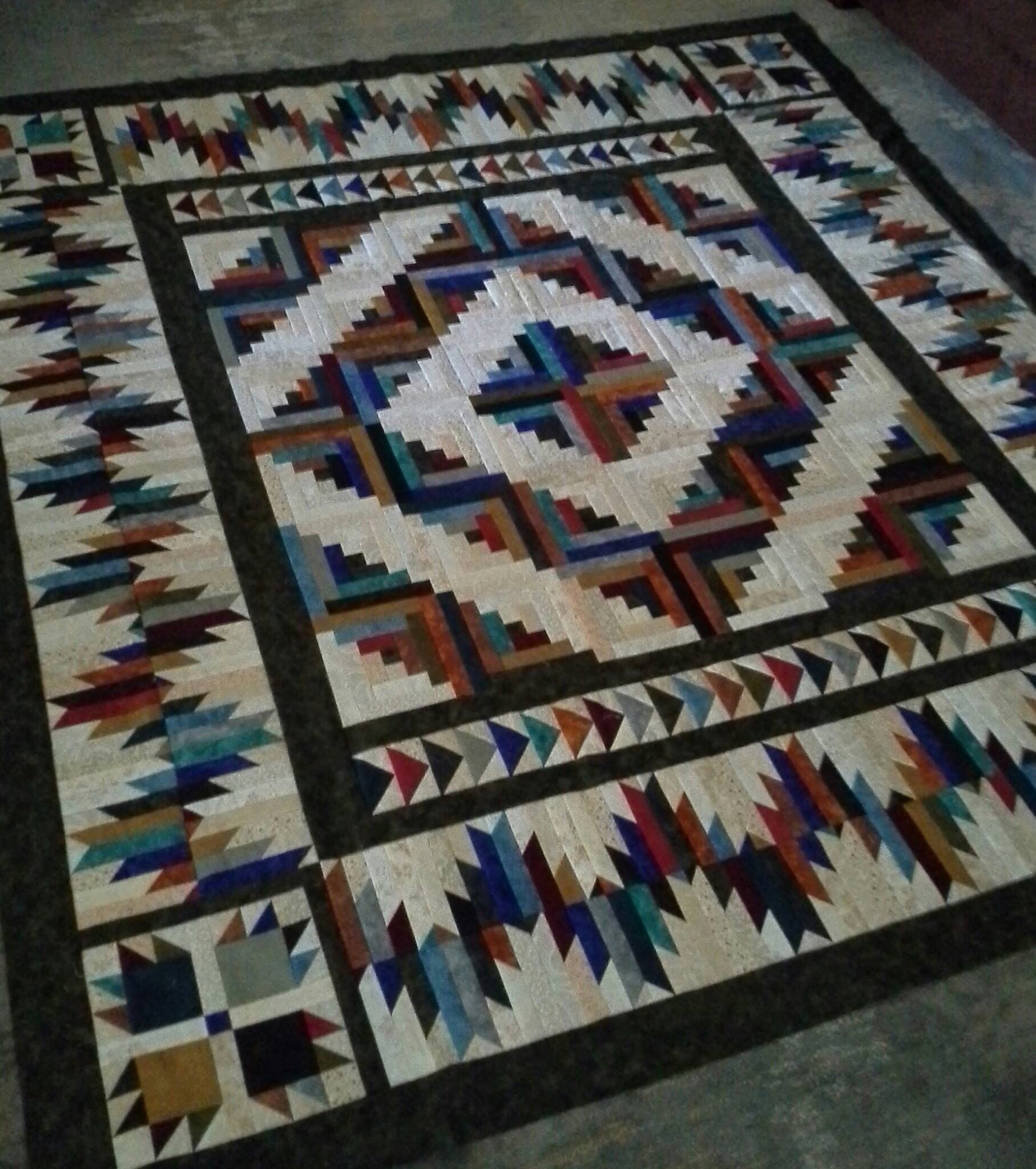 Stunning simplicity! BEAR Mountain cabin is the name of the quilt ... : cabin style quilts - Adamdwight.com