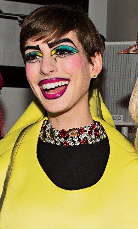 Photos: See Anne Hathaway and Cameron Diaz as Walking Warhol Paintings | Vanity Fair