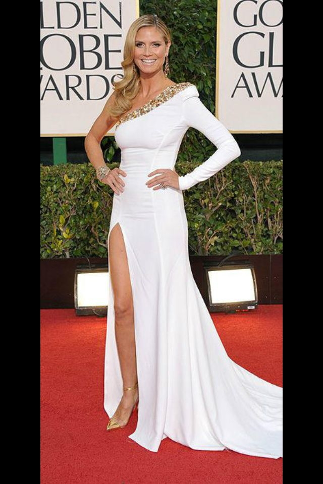 Heidi Klum Looks Absolutely Stunning This Would Be One Hot Wedding Dress Yay Or Nay