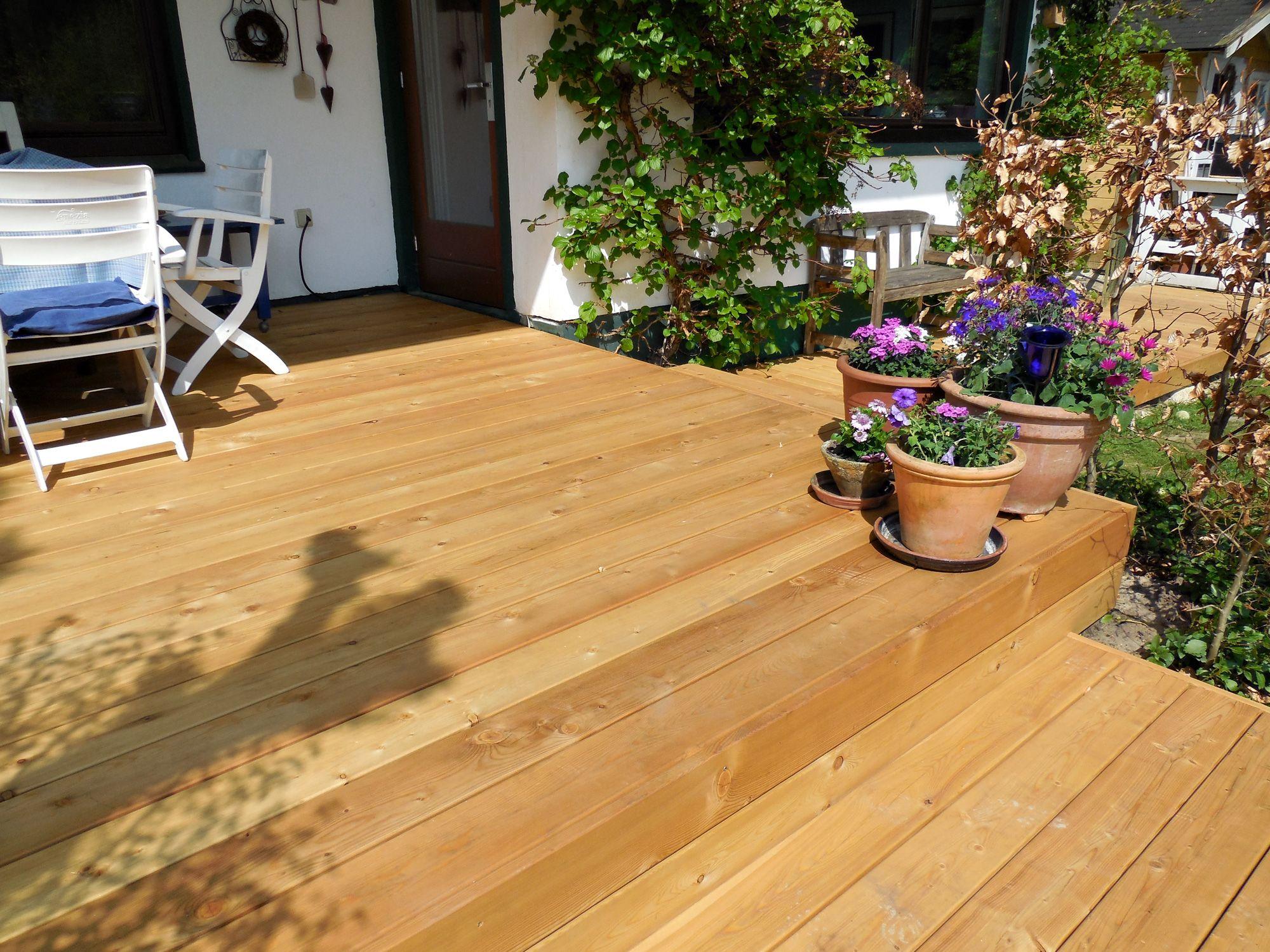 Terrassendielen aus Lärche-Holz [via Terrasse.de] | Holz ...