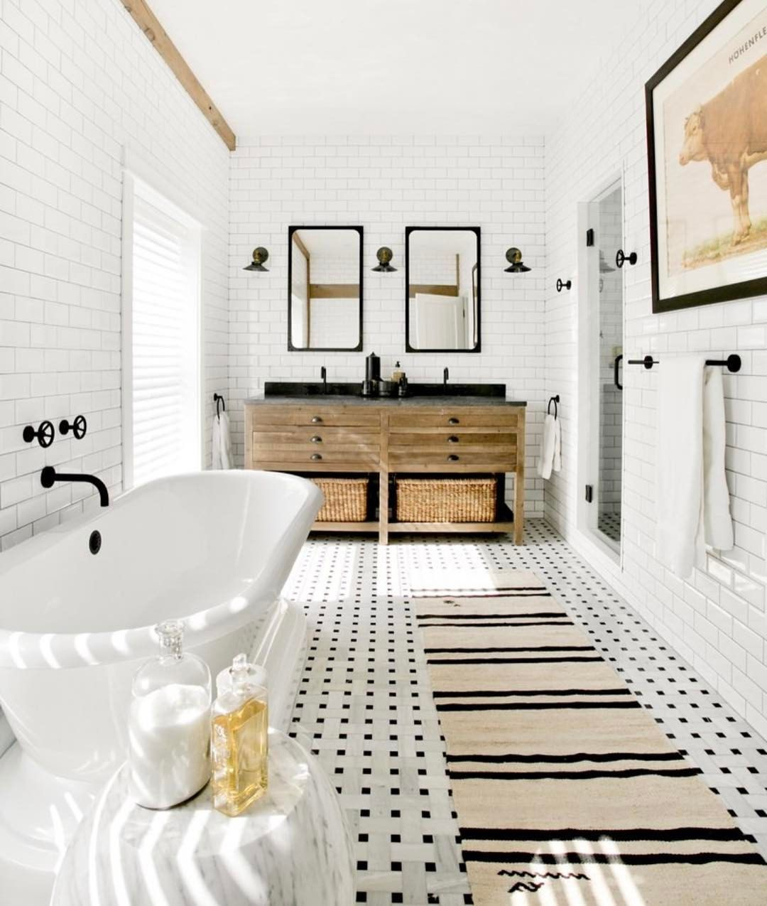 The Luxury Bathroom Interior Design You Need to Tune In! | Pinterest ...