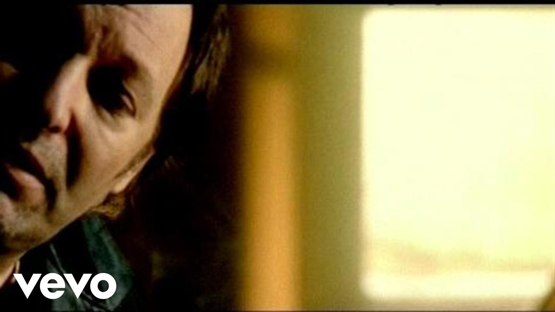 Vasco Rossi - Siamo Soli hé le soir c'est super ecoute tu verras