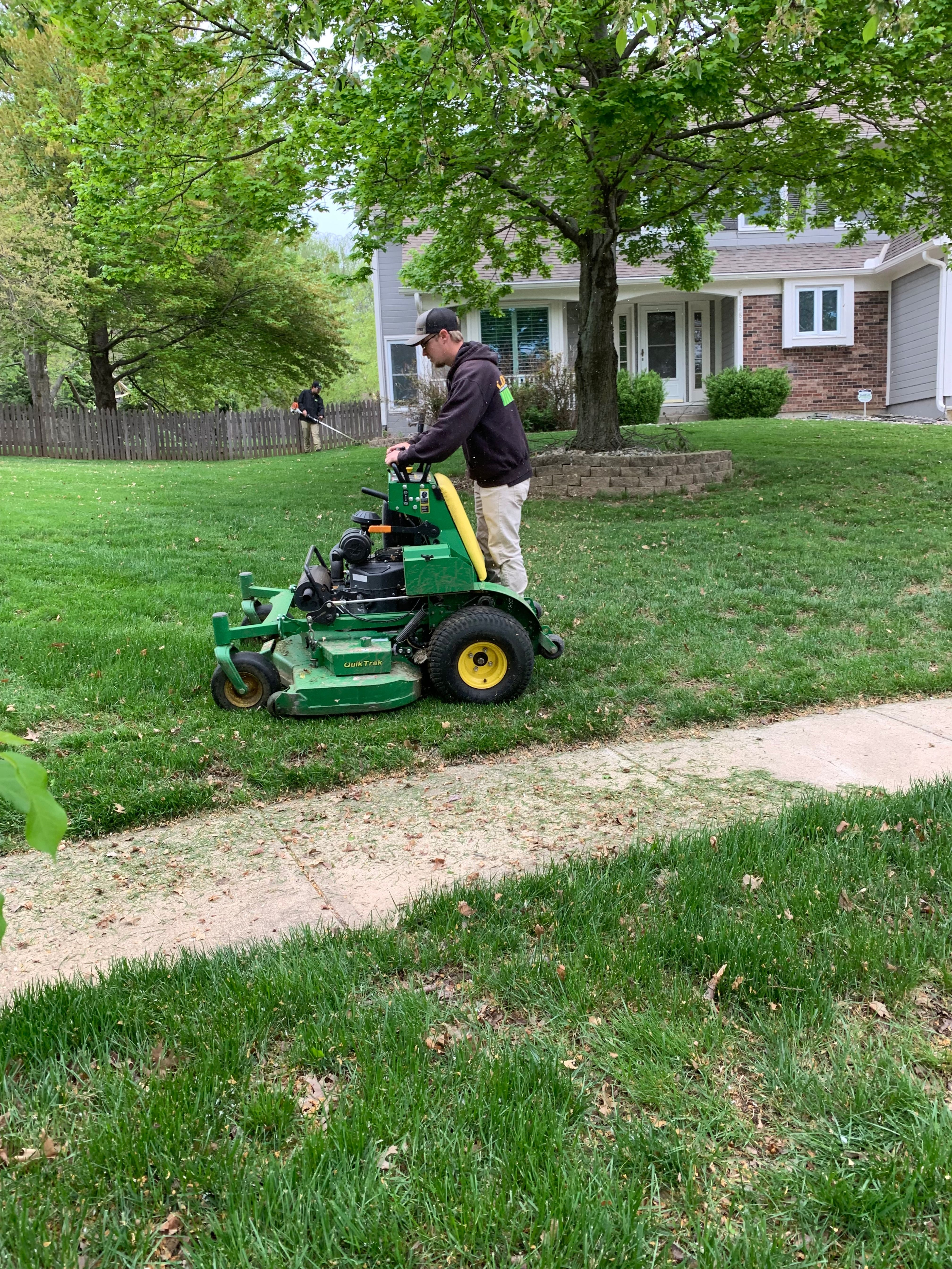Are You Looking For A Career Change Here Are 5 Reasons Why You Should Join A Lawn Care Company Lawn Care Lawn Care Companies Lawn Service