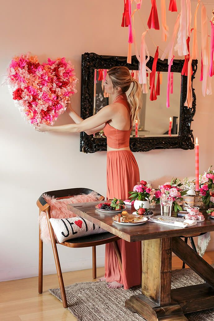 A Valentine's Day Fête With Whitney Port And Lulu & Georgia | Glitter Guide