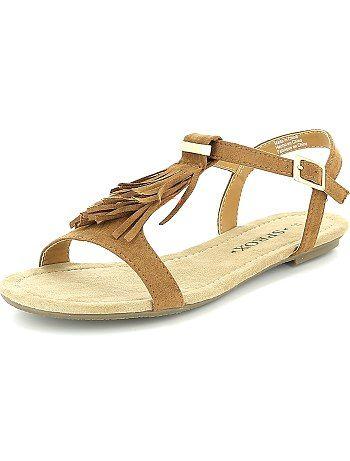 803f547b8d9 ... talla 34 a 48. Sandalias planas con flecos camello Mujer