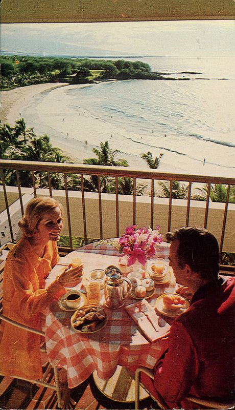 Having Breakfast At The Mauna Kea Beach Hotel Hawaii