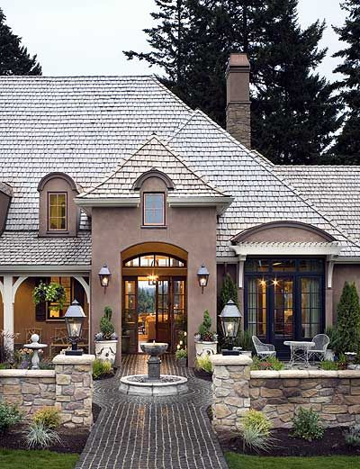 Front Courtyard Pictures From Hgtv Dream Home 2016: Amazing Floor Plan!
