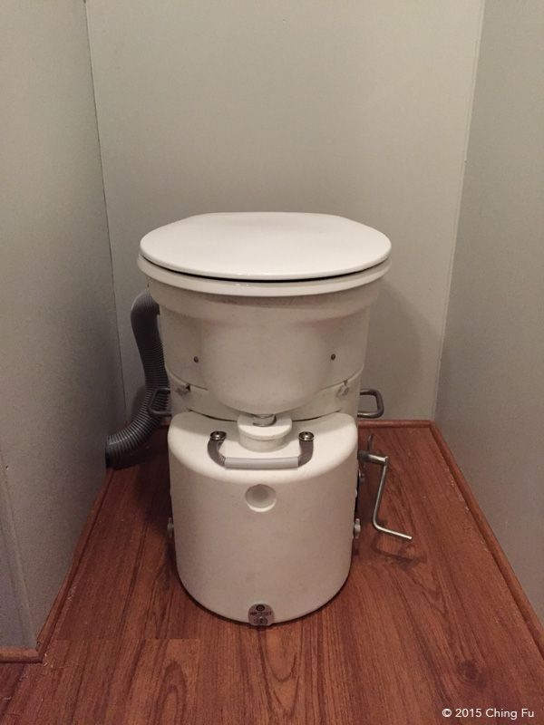Benefits Of Having A Composting Toilet Composting Toilet Toilet Compost