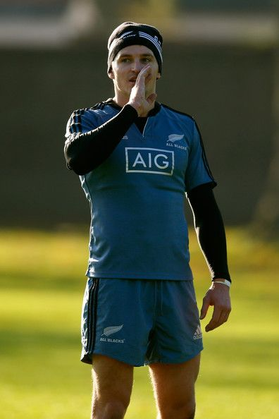 Beauden Barrett Photos - New Zealand All Blacks Media Session - Zimbio