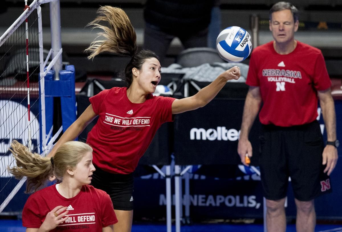 Photos The Huskers Practiced In Minneapolis In Preparation For Tomorrow S Sweet 16 Husker Volleyball Athlete