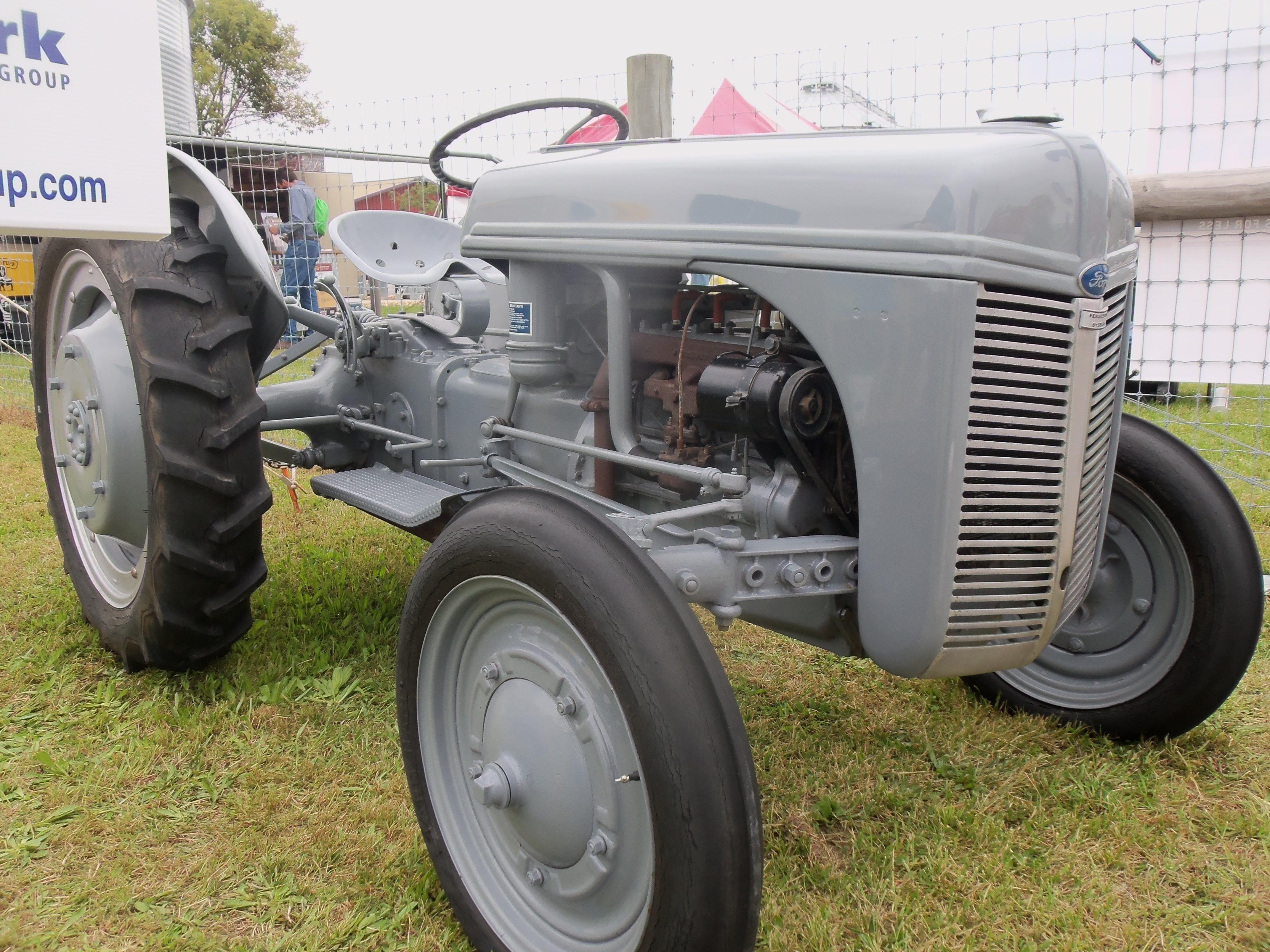 Ford 9n from 1941