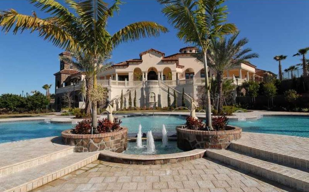 7905 Waterton Ln, Lakewood Ranch, FL 34202 is For Sale