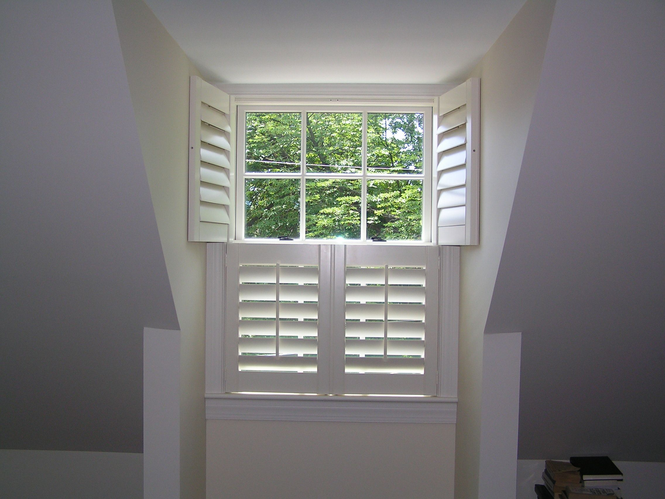 Double Hung Style Shutters Have 4 Panels That All Open Window Styles Shutters Double Hung