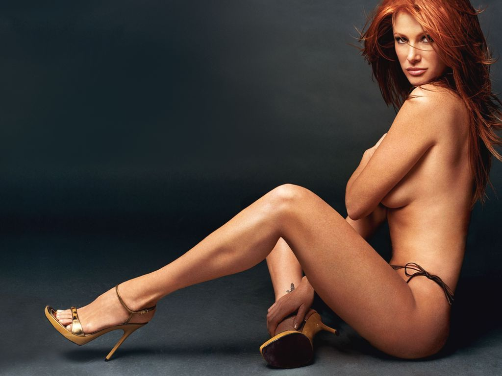 Angie Everhart Hot Sex pin on vampy actresses