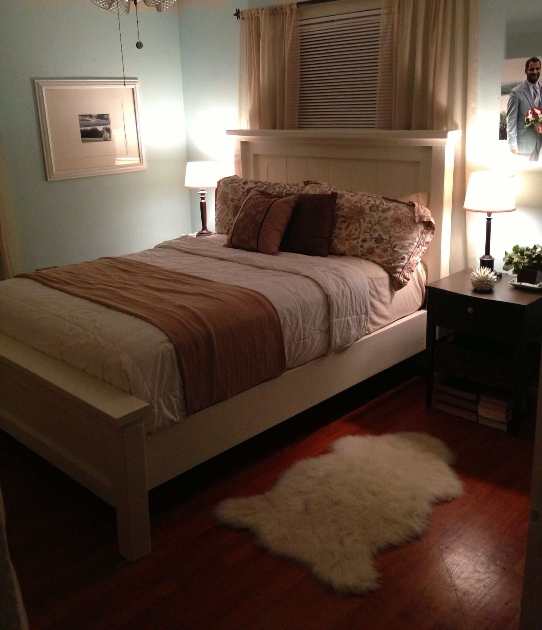 Ana White Queen Farmhouse Bed DIY Projects Classic