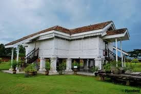 An Old Malay House In Malaysia Traditional House Plans Traditional Architecture Architectural Inspiration