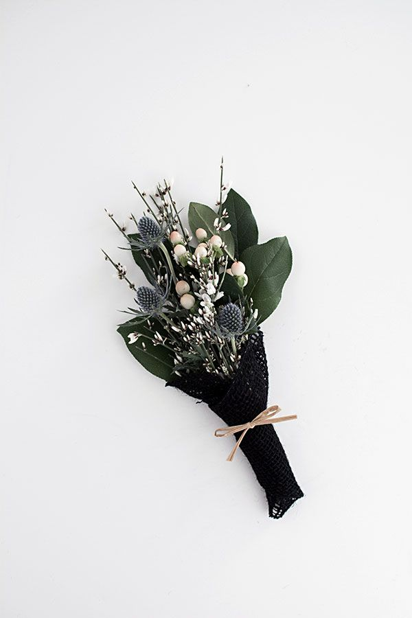 3 Easy Ways to Wrap Flowers | wrapping flower | Pinterest | Wraps ...