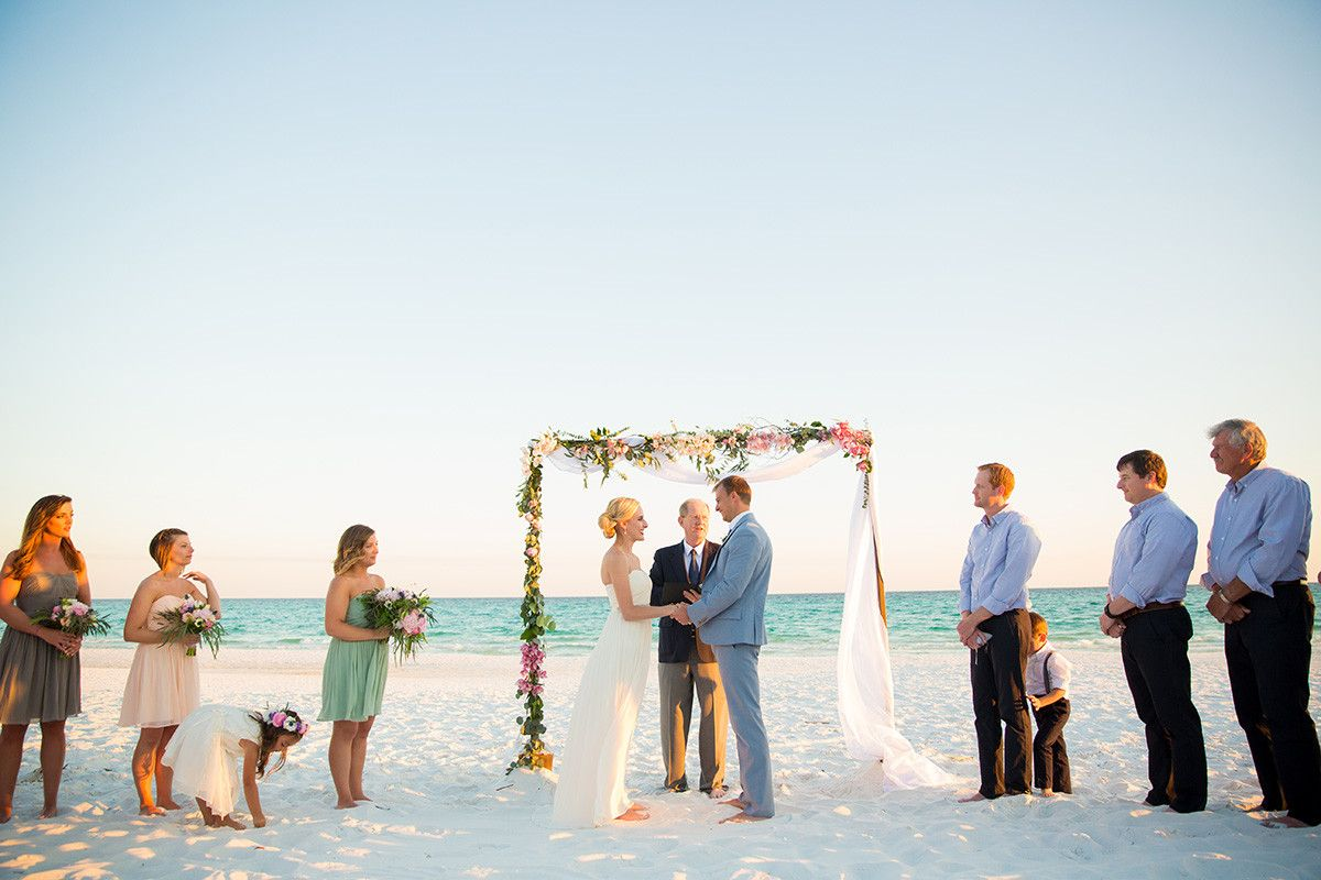 Intimate Beach Wedding In Destin Florida Photo By Sarahlyn