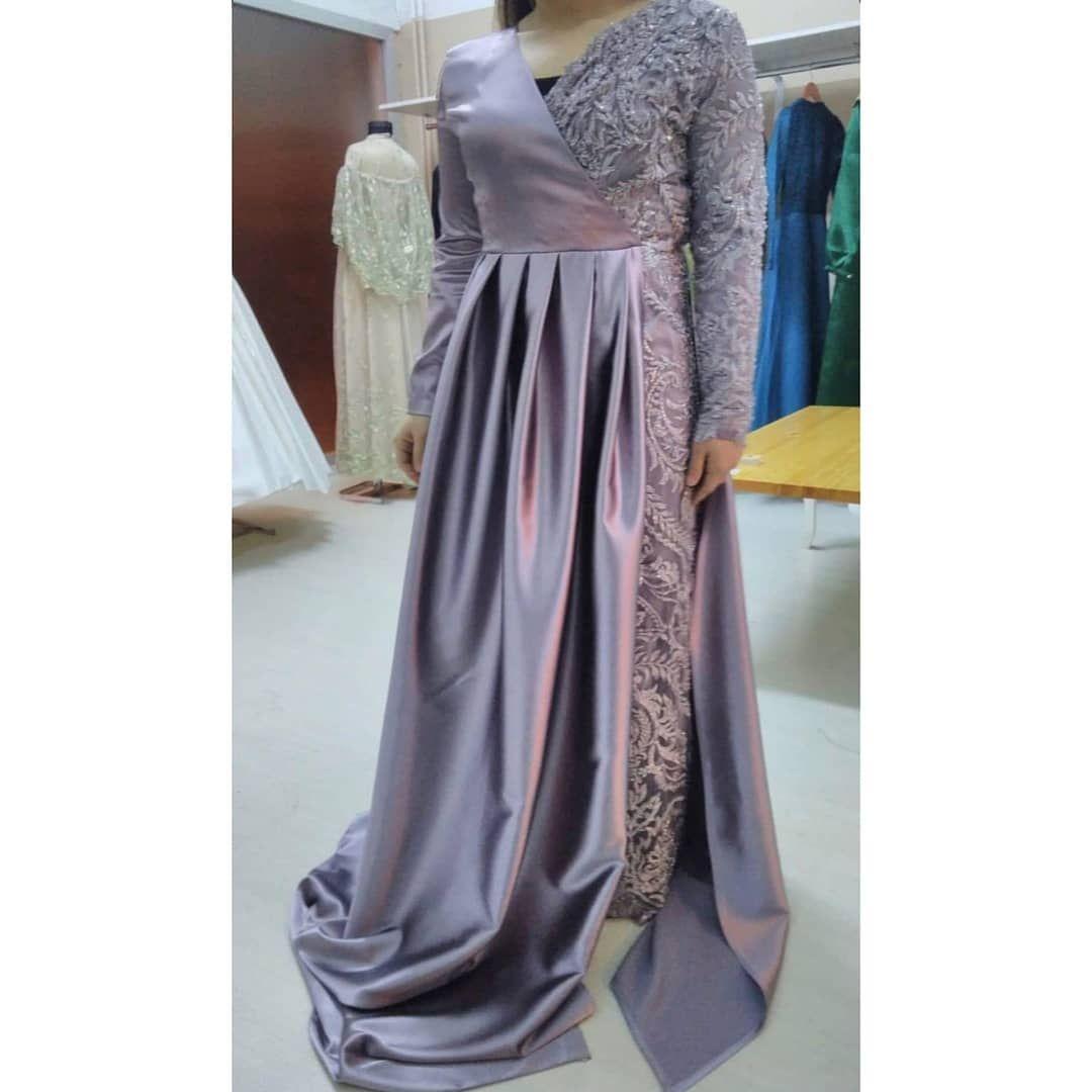 Anzeige/Werbung Das wunderschöne Kleid wird verkauf Größe: 9-9