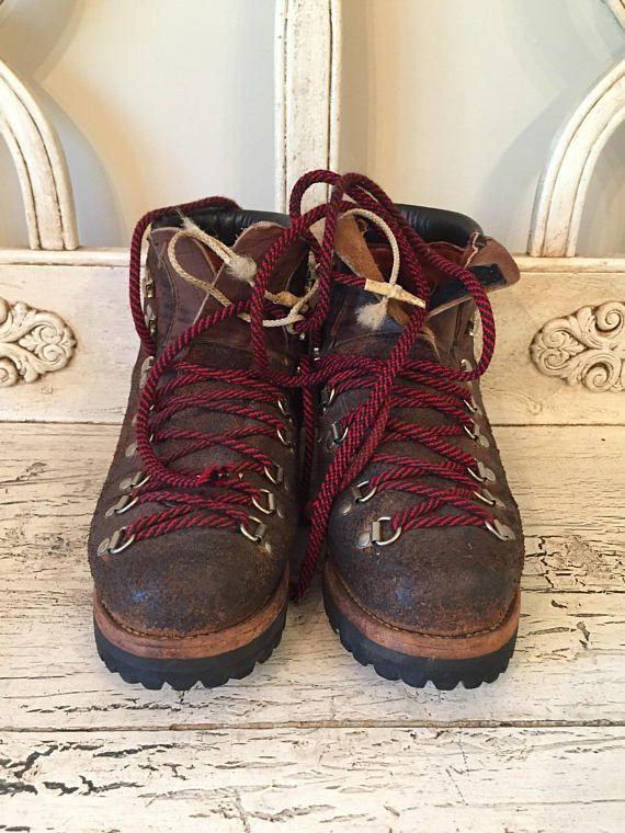 e5ffb9994ab Vintage Dexter Hiking Boots - Red Laces - Vibram Soles - Size 7M ...