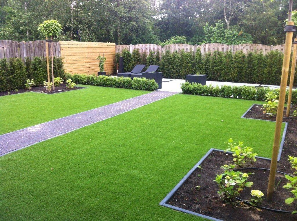 Strak en overzichtelijk met gras tuin garten ideen for Tuinontwerp kleine tuin strak