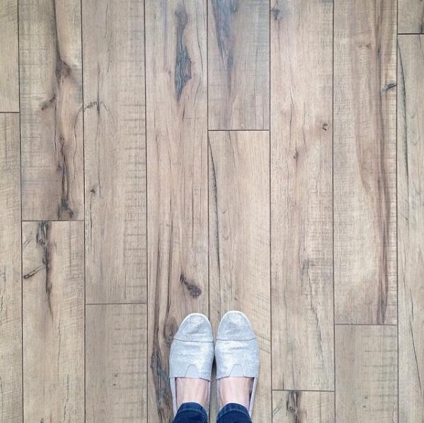 Swiftlock S Antique Hickory Laminate Wood Flooring It S