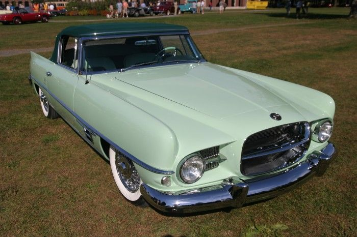 Fifth-built Dual-Ghia takes Best in Show at Hemmings Concours d Elegance