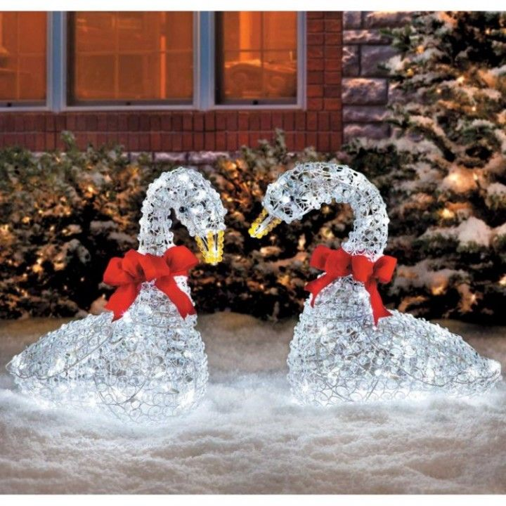 Holiday Christmas Outdoor Crystal Swan LED Lighted Yard Art Lawn