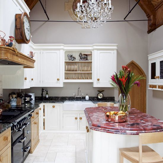 @Abigail Phillips Regan Truax://decorating.viedka.com/kitchen-decorating-ideas-photos/84/old-fashioned-kitchen-with-wood-and-chandelier2/