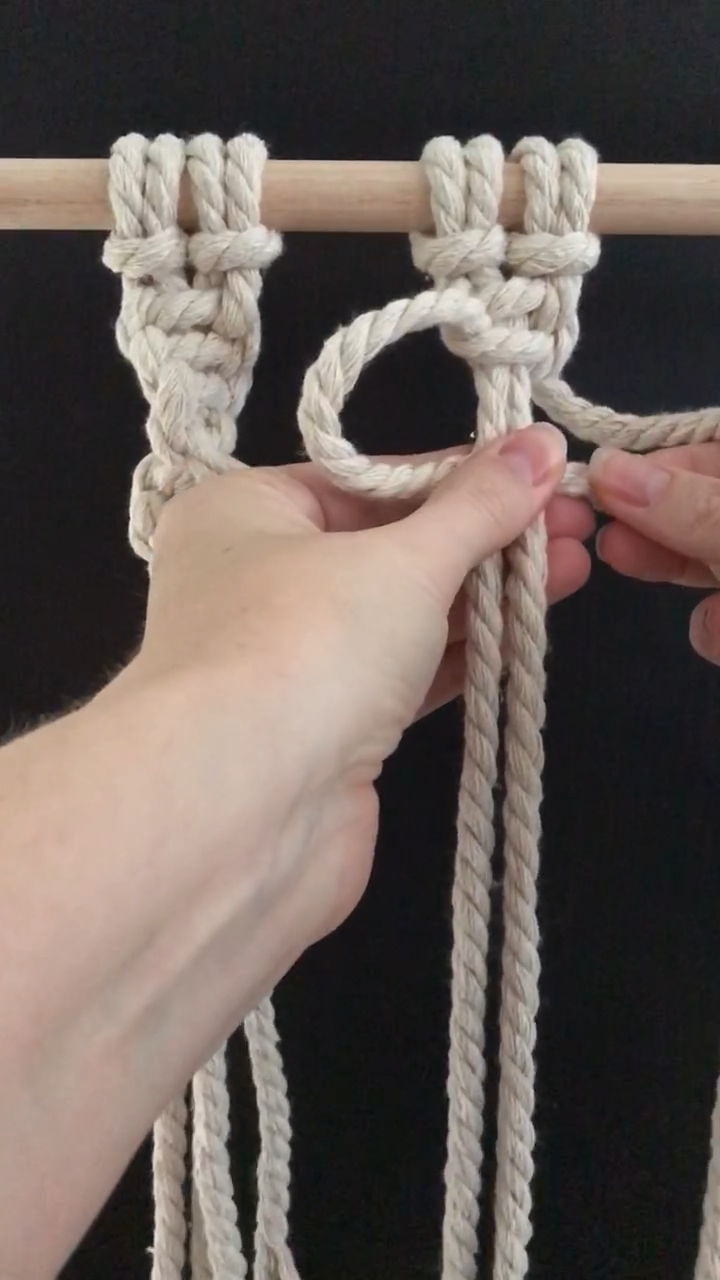 Photo of Macrame how to tie a spiral knot – Easy DIY macrame video tutorial for beginners.