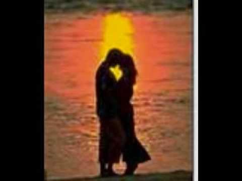 25 Romantic First Dance Wedding Songs